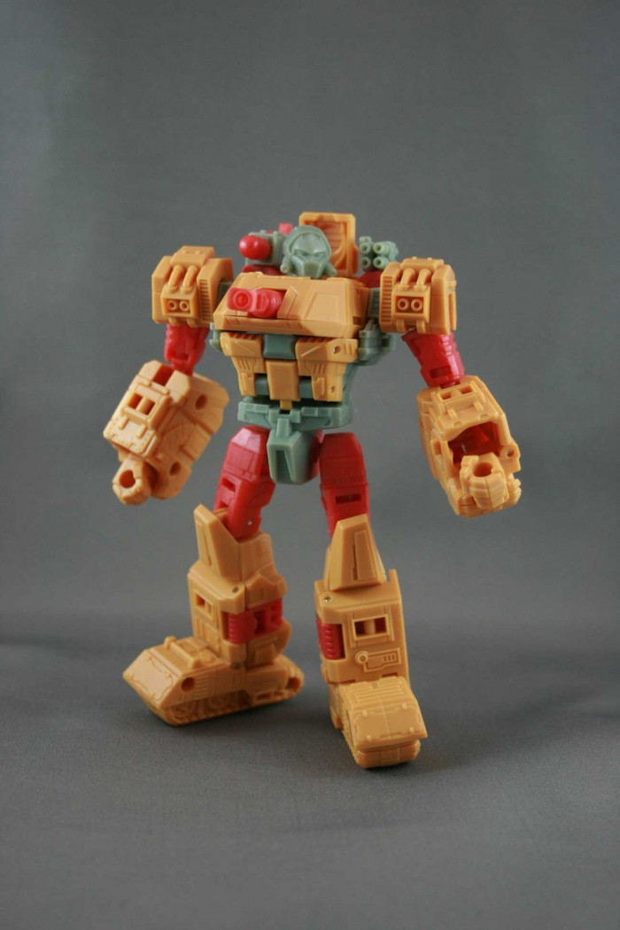 Botcon 2013 - Convention Exclusive - Assembled Class Figure