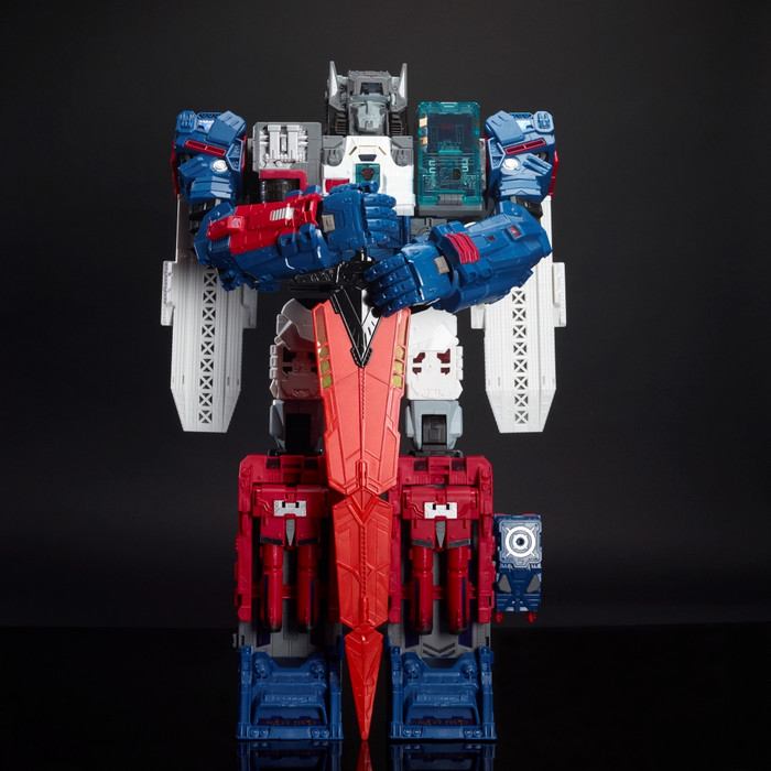 Transformers Generations Titans Return - Fortress Maximus SDCC 2016