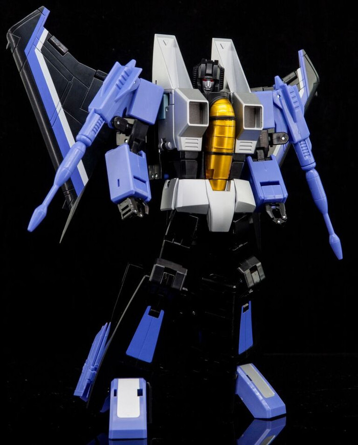 Maketoys Remaster Series - MTRM-12 Skycrow