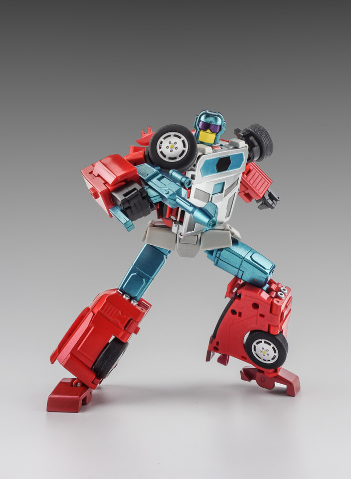 X-Transbots - MX-15 G2 Deathwish