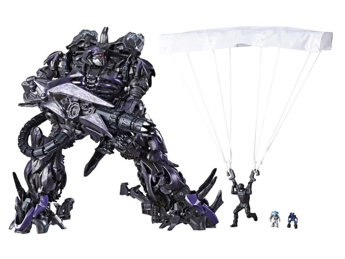 Transformers Generations Studio Series - Leader Shockwave