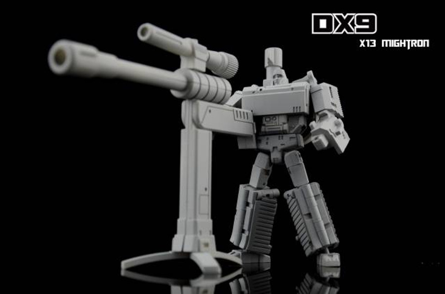 DX9 - War in Pocket - X13 Mightron
