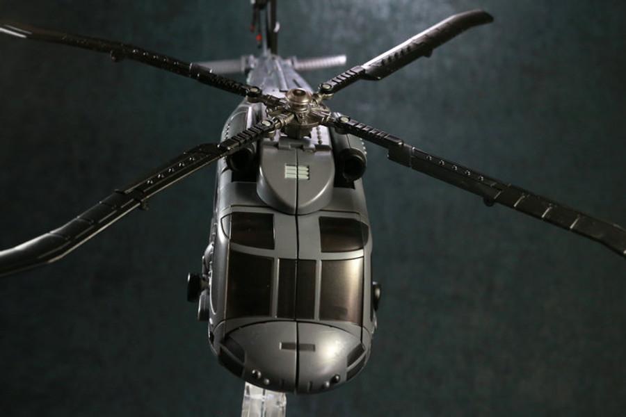 Unique Toys - Ragnaros - M-05 Rage Winterchill