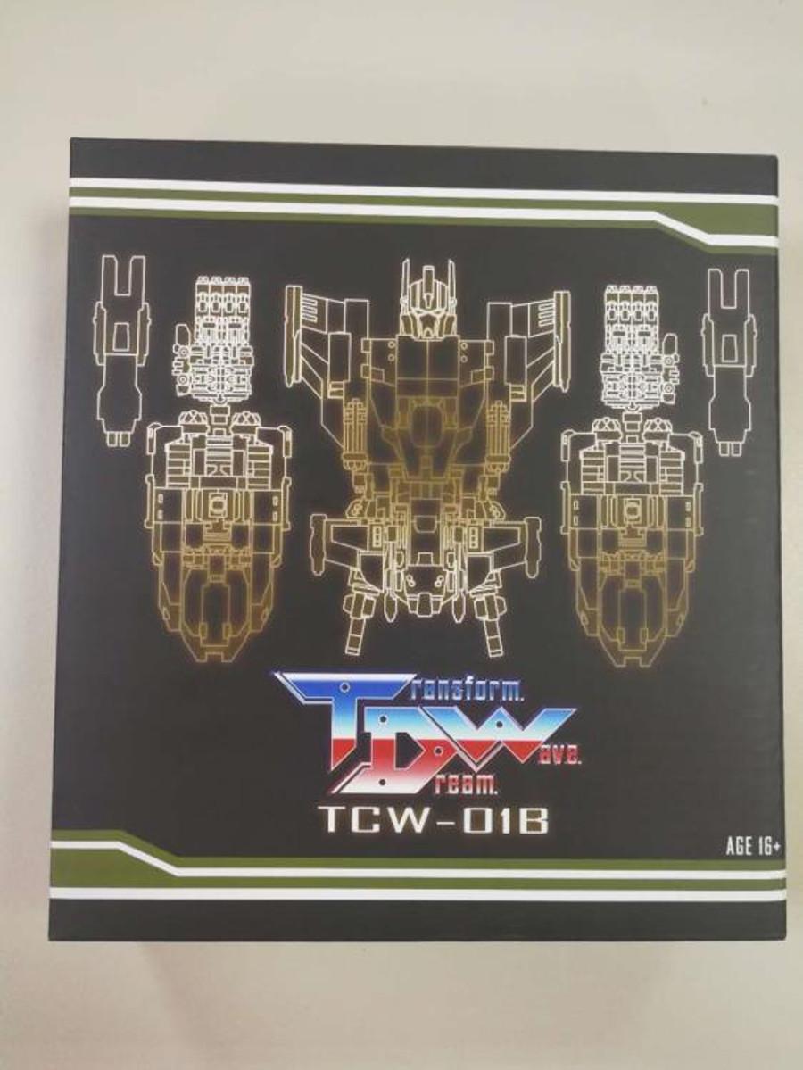 Transform Dream Wave - TCW-01B Bruticus Add-On Set