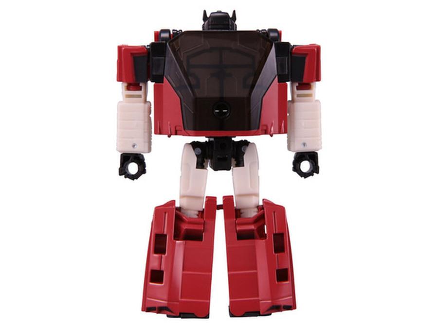 Takara Transformers Siege - SG-04 Sideswipe