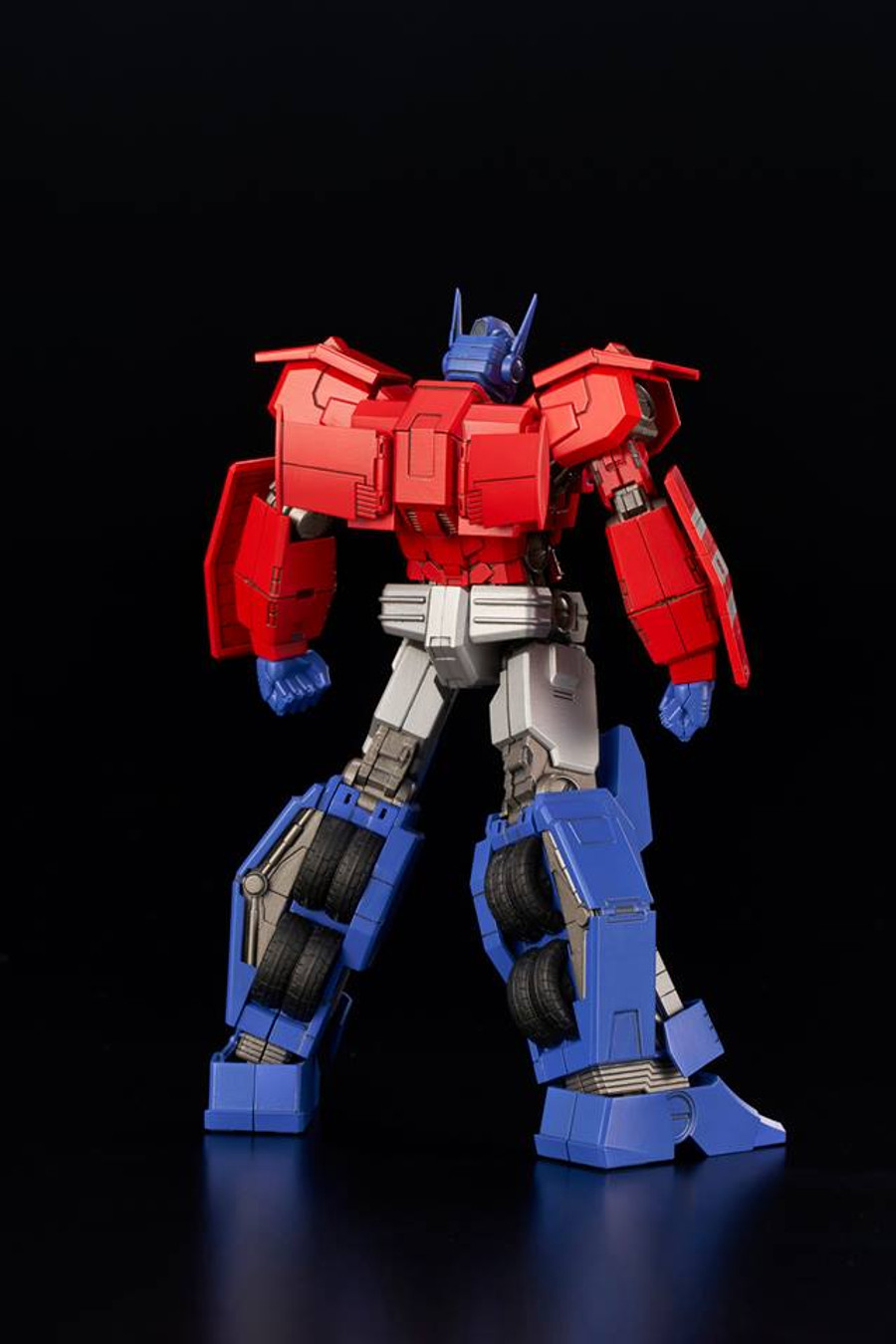 Flame Toys - Furai Model 03: Optimus Prime IDW Version