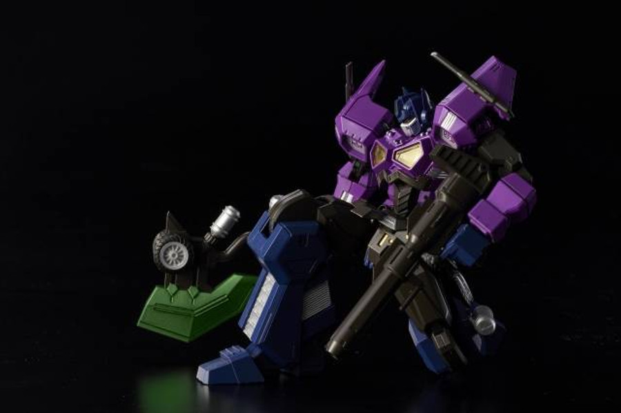 Flame Toys - Furai Model 01: Shattered Glass Optimus Prime (Attack Mode)