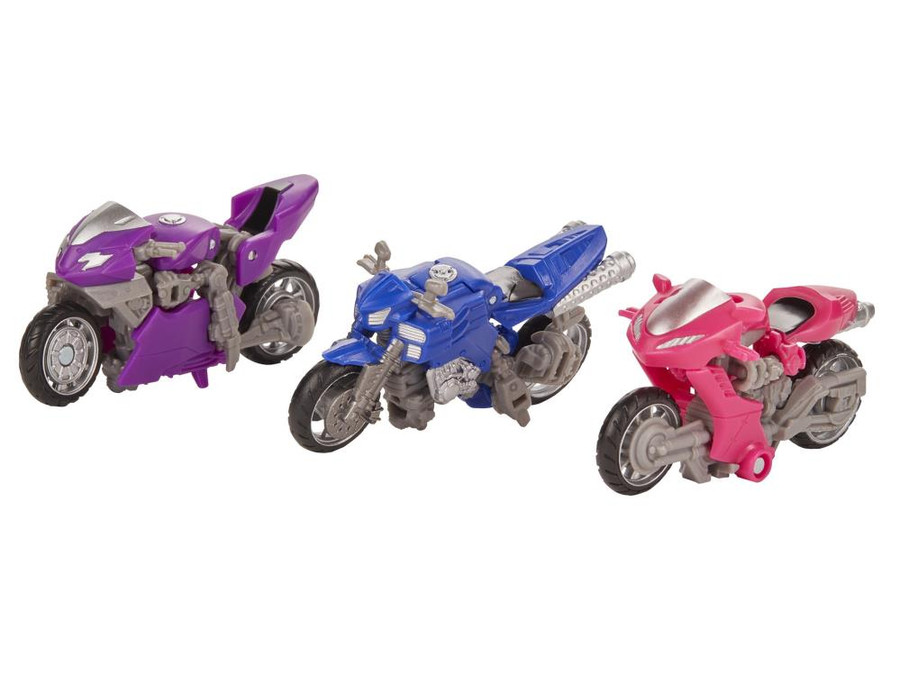 Transformers Generations Studio Series - Deluxe Chromia, Arcee, and Elita-1