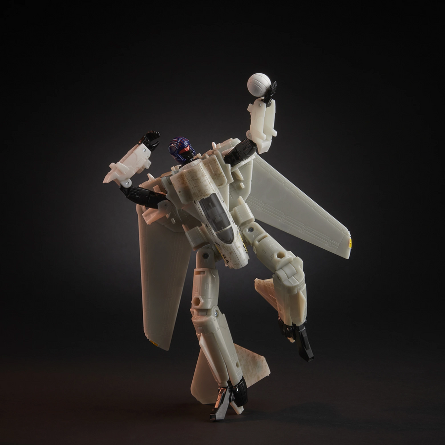 Transformers Generations X Top Gun Mash-Up - Maverick Robot