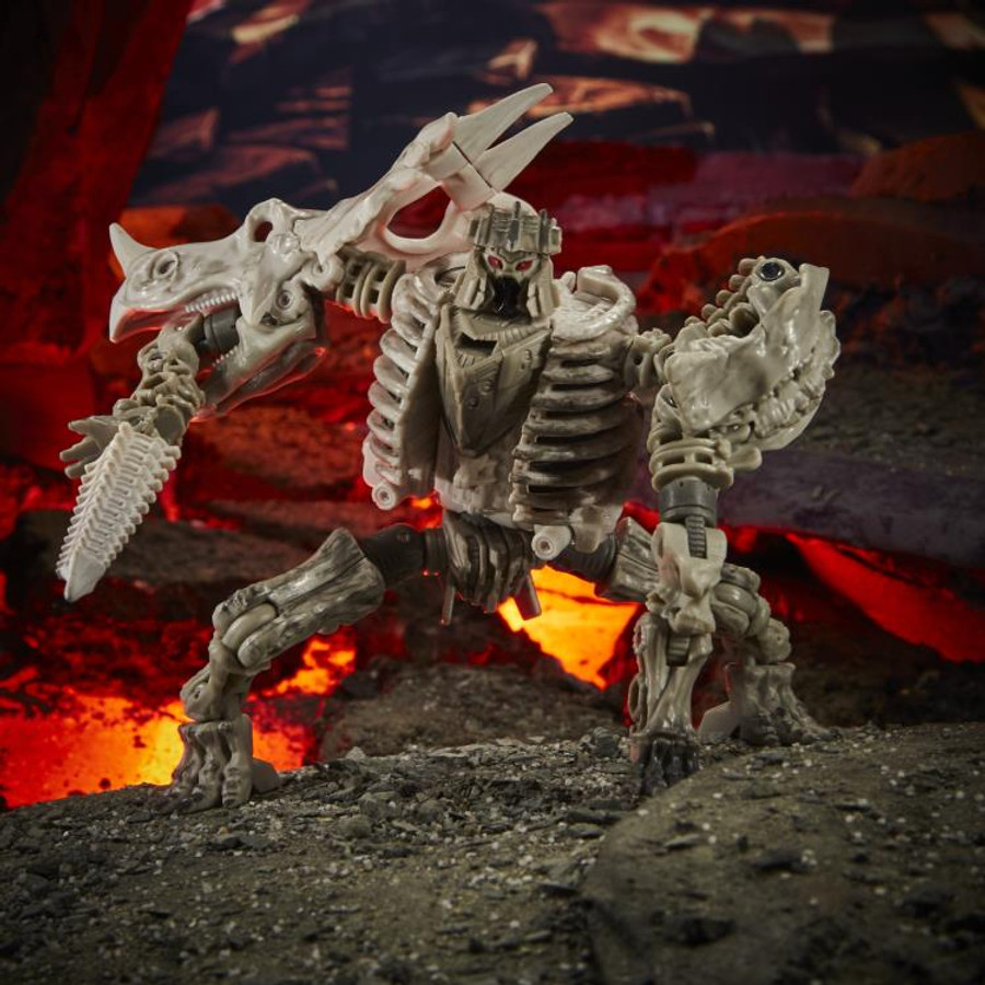Transformers War for Cybertron: Kingdom - Deluxe Class Ractonite
