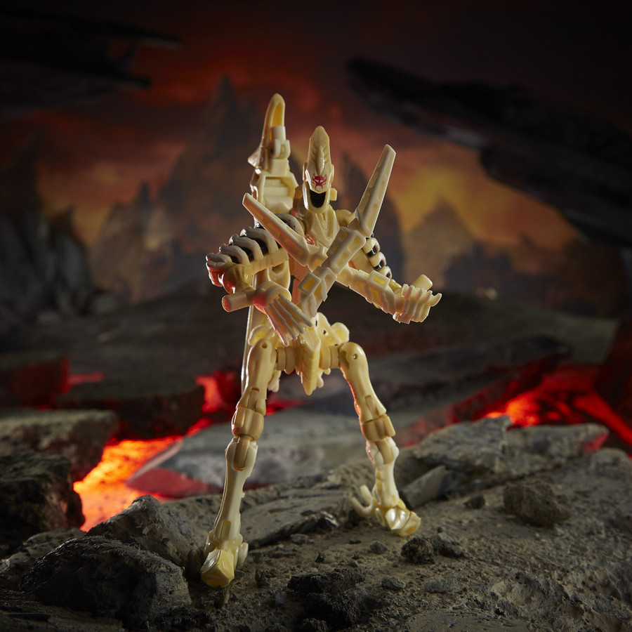 Transformers War for Cybertron: Kingdom - Deluxe Wingfinger