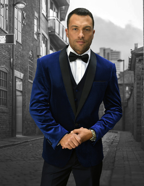 This designer style mini check navy tuxedo from Statement has sharp designer look to it that will allow you to wear it out to special event and look stylish.