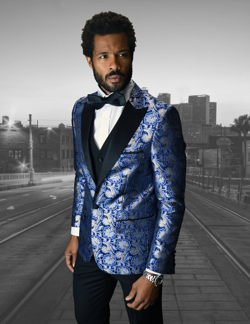 When you want to make a lasting impression. Look no further than this Statement suit.This suit is a modern fit with flat front pants.Statement brand Suits use the very latest innovative fabrics using old fashioned quality tailoring methods that guarantee a great fit.Made of Super 150s fine Italian fabric.