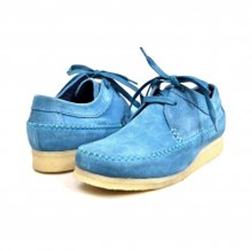 This British Collection Lace-up moccasin shoe feature a Crepe Sole and laces. Prices are exclusive to online sales.Vintage lace-upHand Crafted with SuedeDual fit technology for extra widthCrepe Sole for superb comfort
