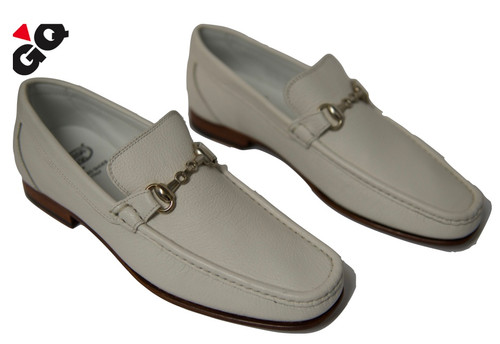 Beautiful buffalo leather slip on bit loafers, featuring metal bit, and leather lining. Made in Italy.
