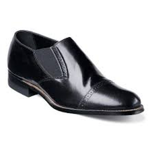 Known fondly by long-time Stacy Adams fans as the ‰ÛÏOriginal Stacy Adams Biscuit Toe,‰Û this fashionable dress shoe is transformed by elastic placed strategically for maximum comfort, style, and flexibility.The Madison is a cap toe slip-on with elastic double gore.The upper is kidskin leather.The sole is leather and is crafted with genuine Goodyear welt construction.