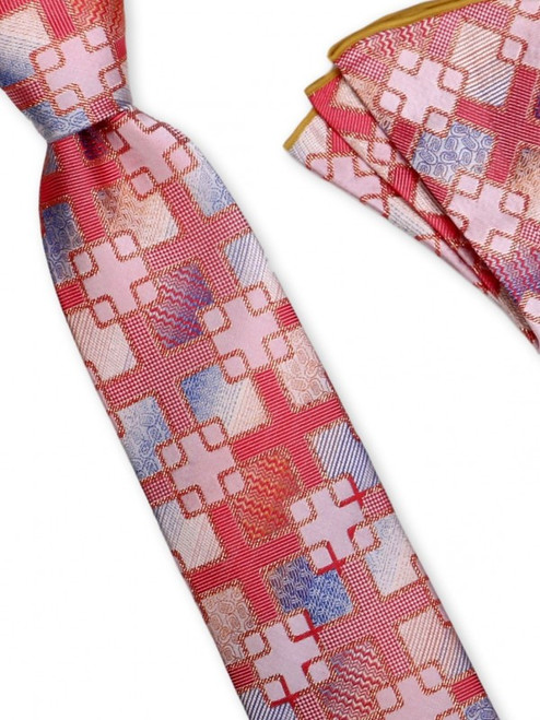 Adding lurex to the detailed weave creates glittery shimmer to this innovative silk woven tie