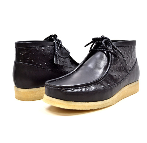 This 3/4 Ostrich Leather lace-up Walkers by The British Collection is an original one of kind shoe when it comes to being stylish and comfortable enough for your everyday style.Their classic look keeps you coming back year after year, while details like a crepe sole bottom with a pop of color keep your feet happy and you trendy. Vintage lace-upHand Crafted with SuedeOstrich LeatherDual fit technology for extra widthCrepe Sole for superb comfort