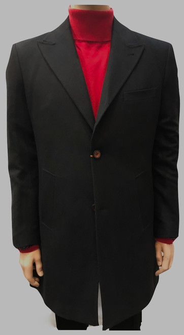 This handsome topcoat is made from a fine wool blend and features a smooth and trim Modern Fit.
