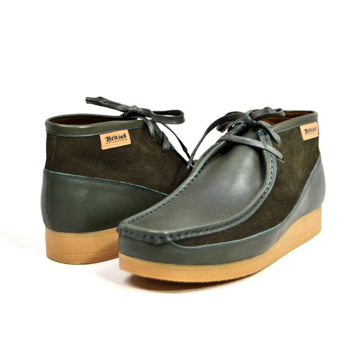 """This Classic British Walker Shoe is an original moccasin style from nature. British Walker's has added it's design to this new style,""""New Castle,"""" to fit for comfort. It comes in leather and suede. The 3/4 design and our patent side design comes in color combinations for your dress style. This comes in a TPR Sole for more feet comfort.  Features:Vintage lace-upHand Crafted Leather and SuedeSole Material: TPRFit:M/W"""
