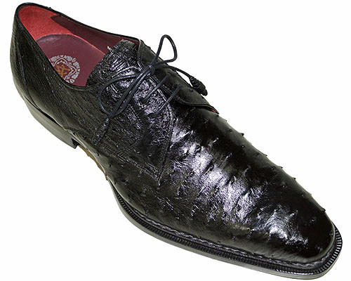 This exceptional quality all-over Ostrich skin footwear model is handmade by one of the finest European manufacturers of exotic skins, Mezlan. The stylish lace-up is handmade from an Ostrich skin and it is fully leather lined, with a stitched leather sole. Prices are exclusive to online sales.