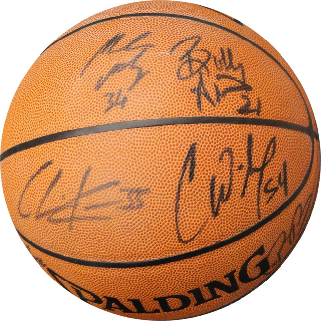 2005 LA Clippers Hand Signed Team Autographed I/O Basketball Chris Wilcox More