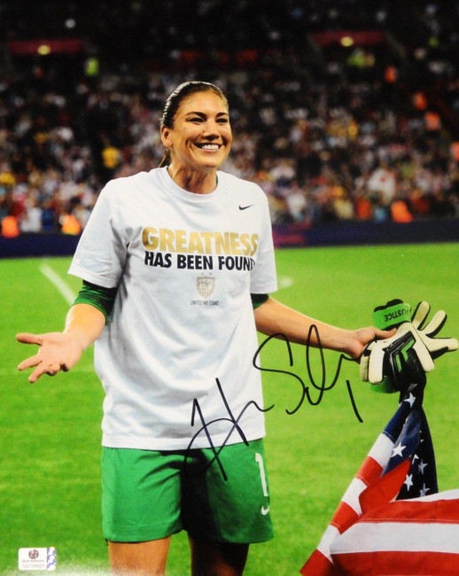 Hope Solo Signed Autographed Jumbo 11x14  Photo GA USA 2012 Olympic Gold 728425