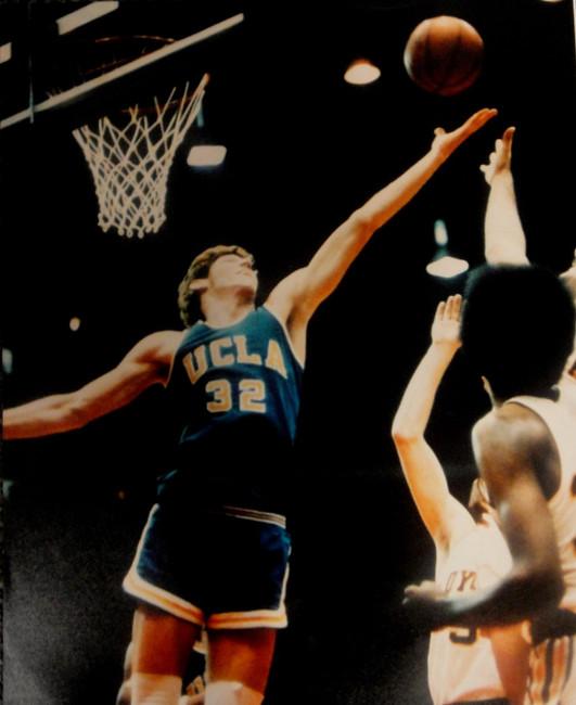 Bill Walton Unsigned 16x20 Photo UCLA Bruins #32 Boston Celtics