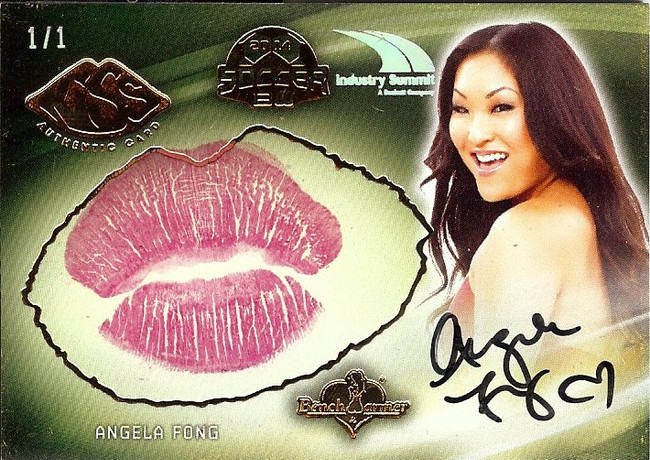 Angela Fong 2015 Benchwarmers Industry Summit Soccer Kiss Card Autograph 1/1