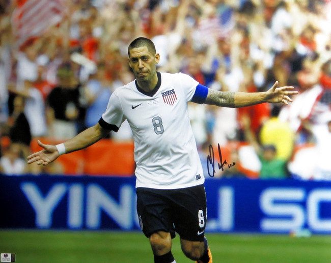 Clint Dempsey Signed Autographed 16X20 Photo USA Soccer Star Hands Open GV801896