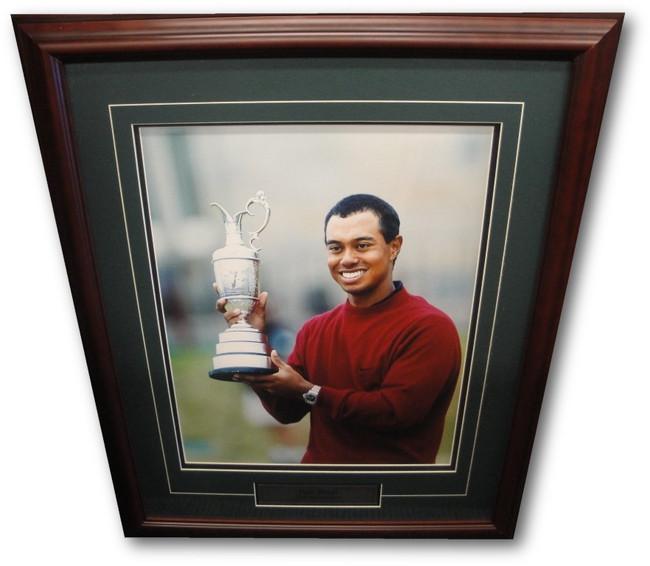 Tiger Woods Unsigned 16x20 Custom Framed Photo 2000 British Open Portrait UDA