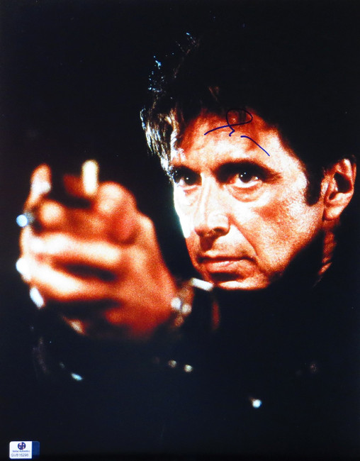 Al Pacino Signed Autographed 11X14 Photo Heat Scarface Holding Gun GV816298