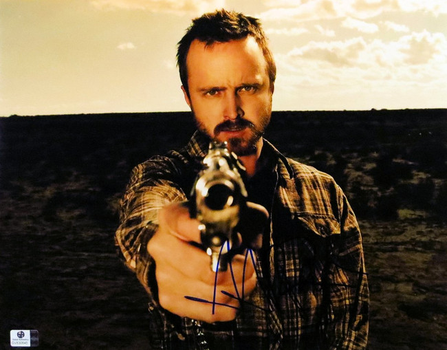 Aaron Paul Signed Autographed 11X14 Photo Breaking Bad Aiming Gun GV830845