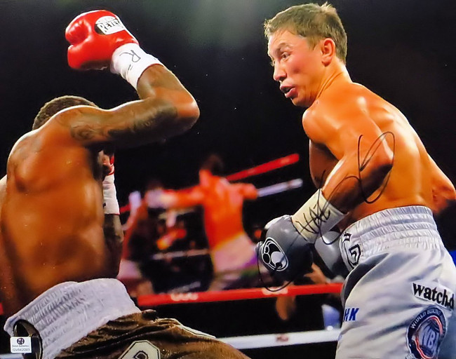Gennady Golovkin Signed Autographed 11X14 Photo Staggering Opponent GV842093