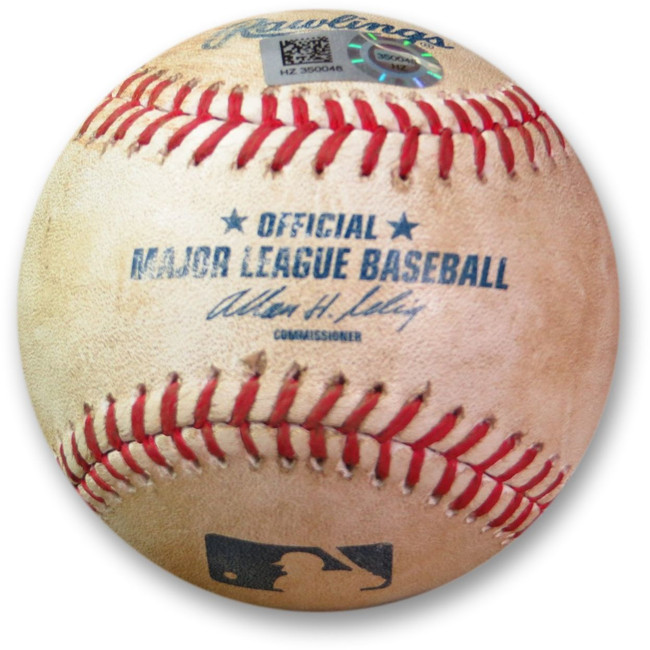 Clayton Kershaw Game Used Baseball 9/2/14 - Wilson Ramos Foul Dodgers HZ350048