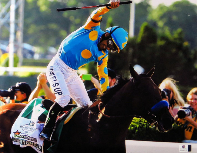 Victor Espinoza Signed Autographed 11X14 Photo Triple Crown Winner GV848318