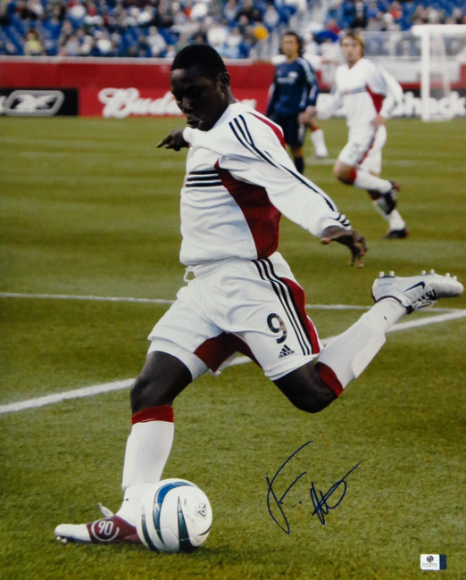 Freddy Adu Signed Autographed 16X20 Photo Soccer Phenom Action Shot GV849109