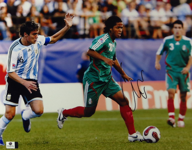 Giovani dos Santos Signed Autographed 11X14 Photo LA Galaxy Mexico GV849179
