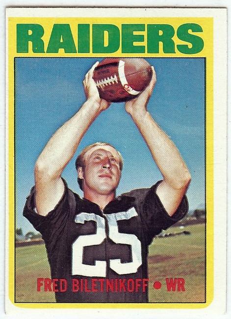 Fred Biletnikoff 1972 Topps Vintage Football Card Oakland Raiders WR #210