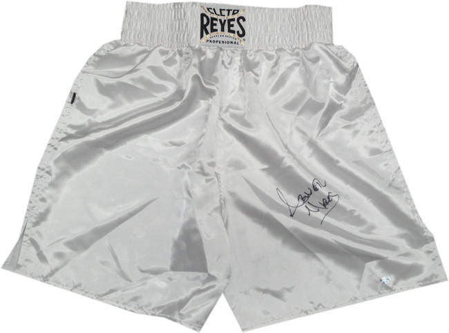 Abner Mares Hand Signed Autographed Everlast Boxing Trunks White Size Medium