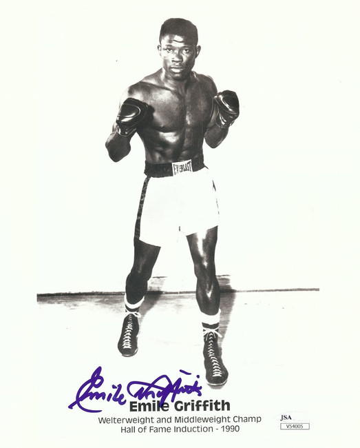 Emile Griffith Autographed 8X10 Photo Vintage Boxing Pose Photo JSA V54005