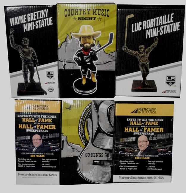 2x Wayne Gretzky Luc Robitaille Mini Statue Drew Doughty Bobble Head SGA New Box