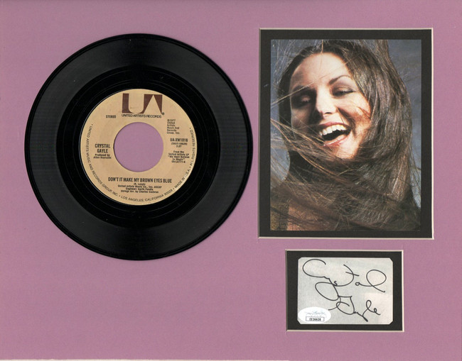 "Crystal Gale Signed Autographed 11X14 Matted Cut w/ ""45 Record JSA EE36630"