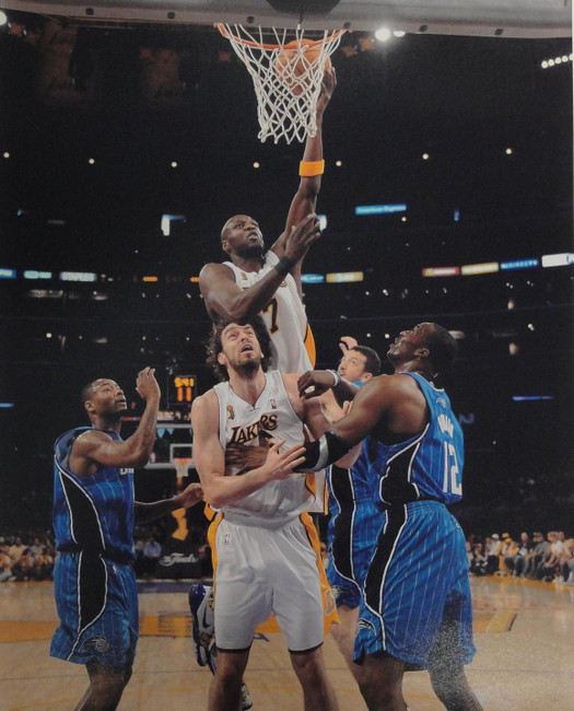Lamar Odom 16x20 Photograph UNSIGNED Championship Trophy Lay Up LA Lakers