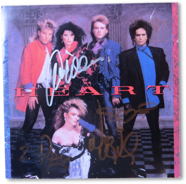 Ann & Nancy Wilson Signed Autographed CD Cover Insert Heart GV907883