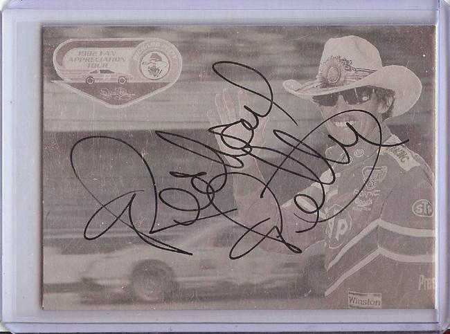 Richard Petty 1992 Petty Enterprises Hologram Signed Autograph  #NNO GX31491