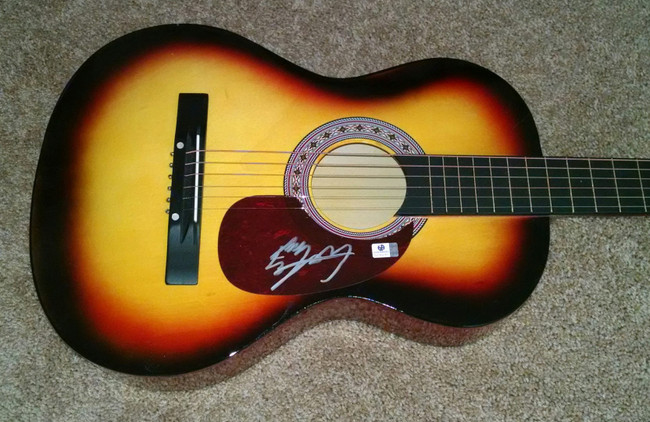 Billy Ray Cyrus Hand Signed Autographed Guitar Pop Rock Country Star GA 769781