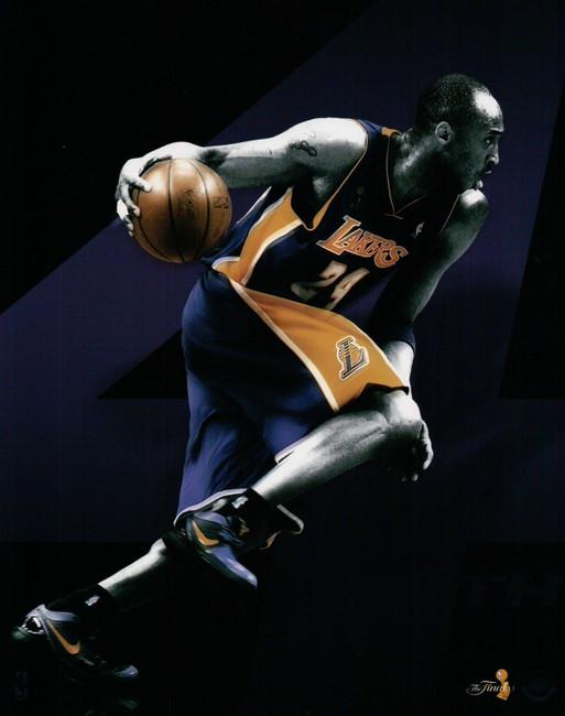 Kobe Bryant Unsigned 8X10 Photo Photograph Black NBA Finals UDA Custom Design