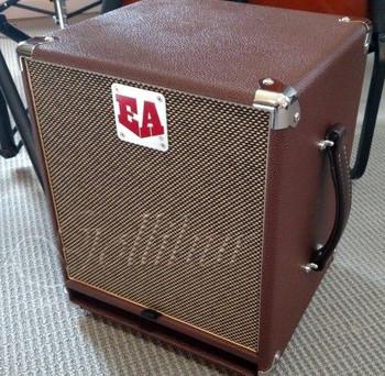 Wizzy 10 Speaker Cabinet, vertical