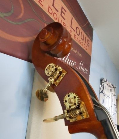 Estle Louis Fully Carved 'Performer' Bass, scroll